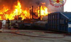 Incendio in corso a Mortara (PV)